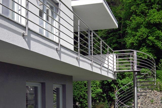Ograja in stopnice iz inoxa