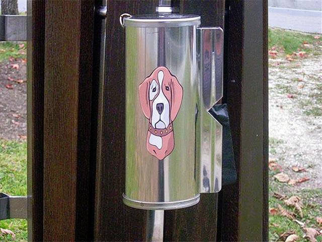 Tulec za vrečke za pasje iztrebke